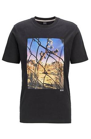 Hugo Boss T-Shirt aus gewaschener Baumwolle mit Foto-Print und Rundhalsausschnitt schwarz