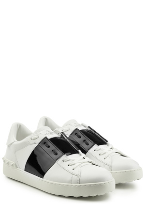 Valentino  Sneakers Open mit Lackleder grau